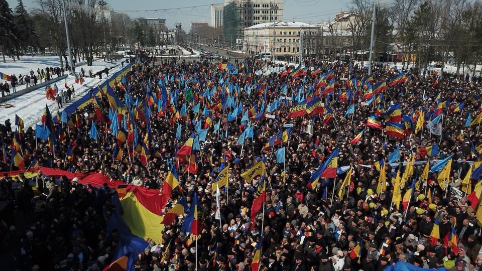 Flacăra Unirii ajunge la Chișinău