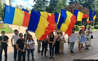 """""""UNIREA-ODIP"""" cere anularea interdicţiei lui George Simion de a intra în Republica Moldova"""