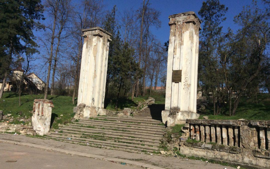 (VIDEO) Dosarul vânzării terenului pe care este amplasat Cimitirul Eroilor din Chişinău va ajunge la Procuratura Generală