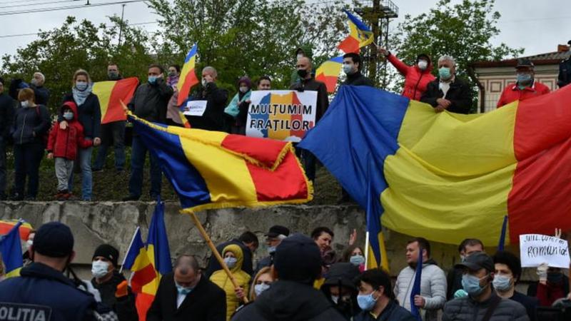 (VIDEO) Prima şedinţă de judecată în dosarul unioniştilor privind amenda de 22 500 lei pentru întâmpinarea ajutoarelor românești